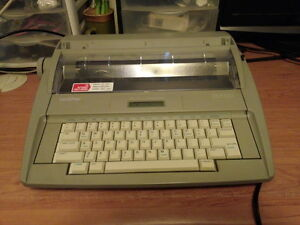 Brother Sx 4000 Portable Electronic Typewriter
