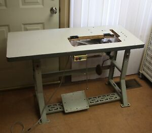 Consew Premier Ii Industrial Sewing Machine Table W 1 2 Hp Clutch Motor Lifter