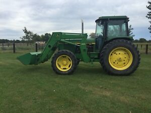 John Deere 2840 Mfwd Tractor With Cab And Loader
