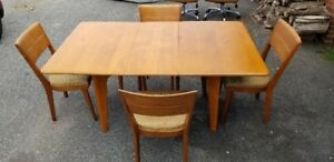 Heywood Wakefield Wishbone Drop Leaf Dining Table 4 Matching Chairs M166