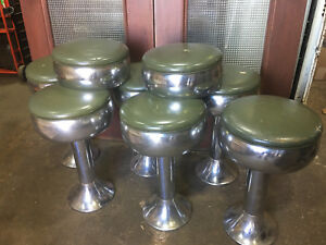 Vintage 1950 s Diner Ice Cream Shop Stools Set Of 6 W Base Green
