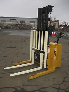 2001 Yale Walk Behind Electric Forklift 3000lb Cap 128 Lift Side Shifter