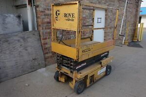 Grove Sm2232e 16 500lbs Capacity Electric Scissor Man Lift Extendable Platform