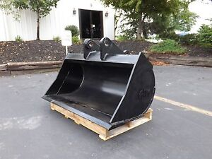 New 48 Ditch Cleaning Bucket For A John Deere 310d W Pins