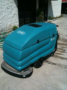 Tennant 5700 Walk Behind Floor Scrubber Excellent Demo Machine Low Hours