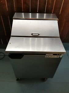 Beverage air Spe27b 27 Sandwich Top Prep Cooler Used