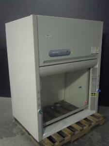 Labconco Protector Xstream Laboratory Chemical Fume Hood 48 Inches