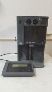 Beckman Coulter Z1 Particle Counter With Keyboard