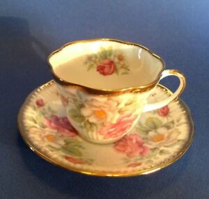 Queens By Rosina Pedestal Tea Cup And Saucer White And Pink Roses England