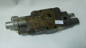 Nos 1986592c1 Case Loader Control Valve Genuine Case Tractor Parts