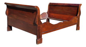 Antique Flame Mahogany Double Full Sleigh Bed 19th C American Empire Daybed