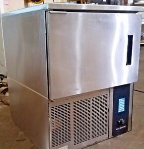 Alto Shaam Qc2 3 Blast Chiller Quickchill W Quick Freeze Feature 3 Pan Capacity