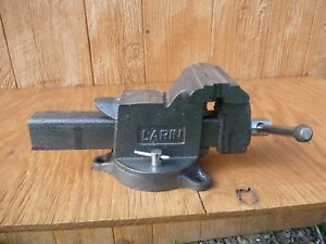 Larin Bench Vise 5 With Swivel Base And Pipe Jaws