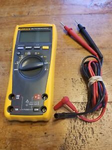 Fluke 179 True Rms Digital Handheld Multimeter Tested Works Great Ready To Go