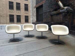 Vintage Eames Girard La Fonda Herman Miller Arm Chairs Steel Base Set Of 4