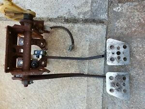 Ford Mustang Cobra 1994 Gas Clutch And Brake Pedal Assembly