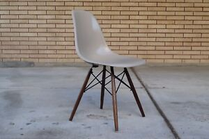 Multiple Authentic Herman Miller Shell Chair Greige Eames Fiberglass Chair