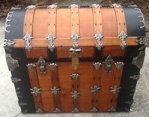 Exquisite Antique Dome Top Trunk One Of A Kind Interior Amazing Detail