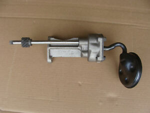 560 660 706 2706 International Tractor Oil Pump