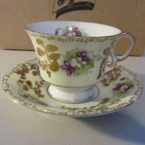 Royal Sealy China Purple Violets Gold Trim Cup Saucer Japan