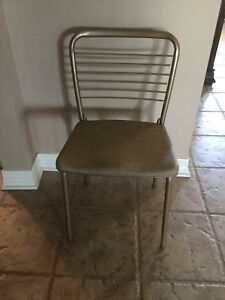 Set Of 4 Vintage Cosco Fashionfold Folding Metal Steel Patio Kitchen Chairs
