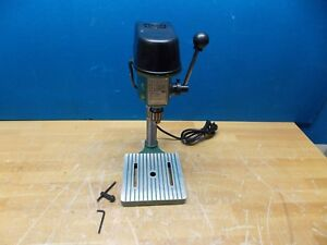 Professional Bench Drill Press 1 4 Chuck 4 5 16 Swing 3 Spindle Speeds 1 Phase