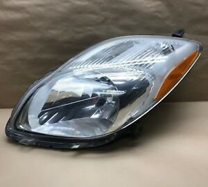 2009 2010 2011 Toyota Yaris Hatchback Left Halogen Headlight Lamp Oem 09 10 11