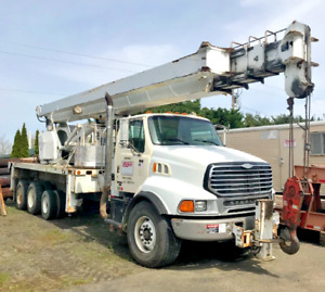 2005 Altec 38127s Crane With Manbasket Radio Remote Controls Altec 3800 Crane