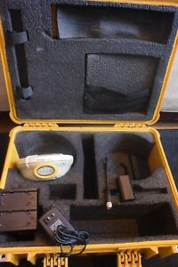 Trimble Brand Gps Receiver Model 5800 450 470mhz With Carrying Case And Charger
