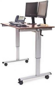 Adjustable Stand Up Desk id 3142566