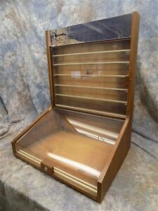 Accents Hallmark Cards Showcase Counter Top Country Store Locking Display Case