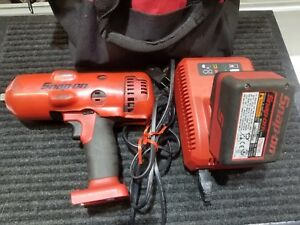 Snap on Ct8850 18 V 1 2 Drive Cordless Impact Wrench With Charger