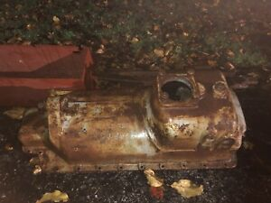 8 16 Ihc Junior Oil Pan 1921 Rare Repairable can Ship Fastenal Out Of 21031