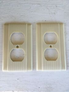 Two Vintage Uniline Outlet Covers Art Deco Ribbed Lines Beige Bakelite