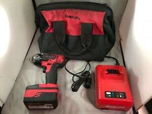 Snap On 18v 3 8 Impact Drill With Battery Charger Ct8810a used