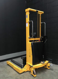 Uline H 5439 Straddle Stacker 63 Lift 2 200 lb Load local Pickup Only