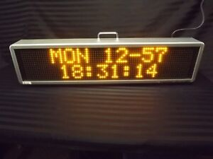 Signtronix Programmable Led 2 Interior Sign 40 x9 375 x4 5 Used Complete Works