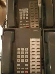 Toshiba Digital Business Phone Dkt2020 s Lot Of 18 1057