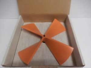 New In Box R m Young 4 Blade Propeller 21281 Polystyrene Wind Monitor
