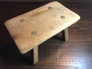Vintage Cushman Colonial Creation 90o8 Stool With Letter J