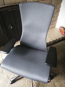 Embody Chair By Herman Miller Best Chair For Posture Back Support Graphite