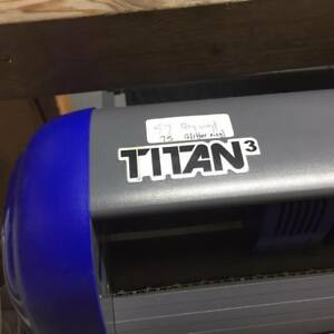 28 Uscutter Titan 3 Professional Sign Vinyl Cutter W arms Contour Cut Basket