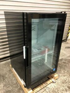 New Glass Door Counter Top Drink Display Cooler Refrigerator Led Idw G 7f 9245