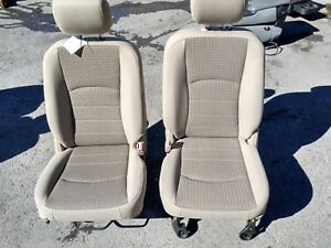 12 Dodge 1500 Pick Up Tan Cloth Front Bucket Seats L R 40 20 40 Oem