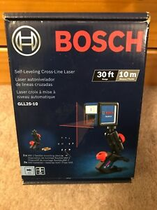 Bosch Gll25 10 30 Ft Self leveling Cross line Laser Level With Mounting Device