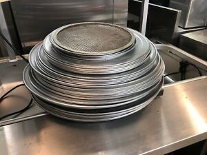 Lot Of Aluminum Pizza Trays Pans