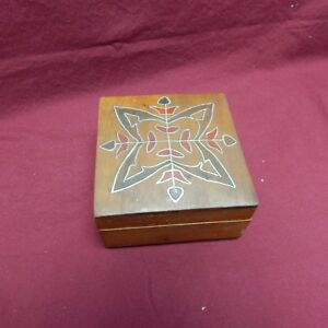 Vintage Wooden Box With Inlay 1c