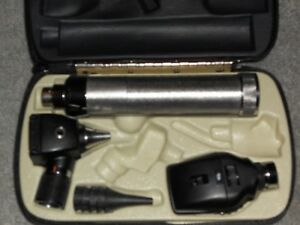 Welch Allyn Diagnostic Set Ophthalmoscope 11710 Otoscope 20000