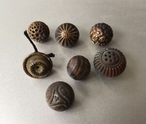 Lot Of 7 Victorian Brass Metal Bauble Buttons W Different Designs Approx 1cm
