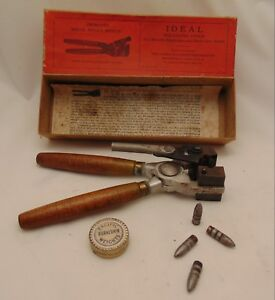 OLDER IDEAL RELOADING MOLD WITH BOX